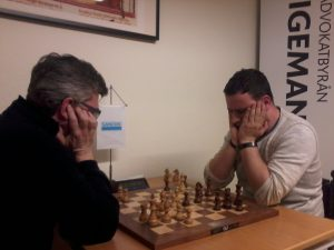 Bild ifrån finalen emellan Stellan Brynell och José Cuenca. Stellan till vänster. Foto: Anders Hansen