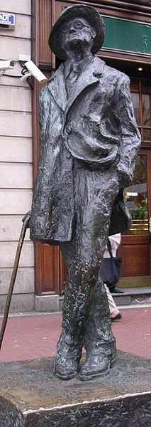 Staty av James Joyce